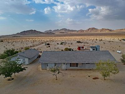 Lucerne Valley Single Family Home For Sale: 39036 Sage Street