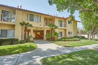 Apple Valley Condo/Townhouse For Sale: 19109 Palo Verde Drive