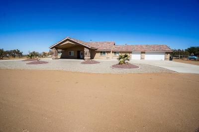 Oak Hills CA Single Family Home For Sale: $439,900