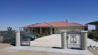 Pinon Hills Single Family Home For Sale: 3002 Estero Road