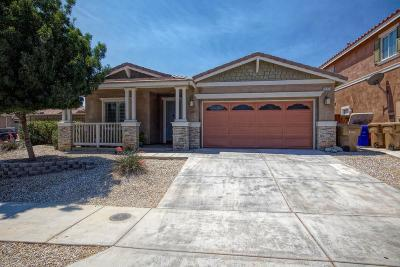 Oak Hills CA Single Family Home For Sale: $269,900