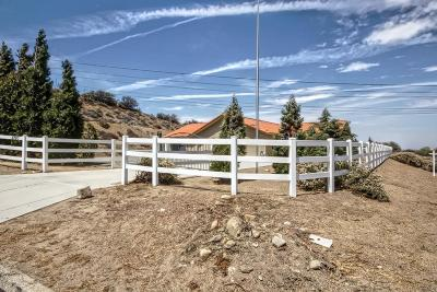 Oak Hills CA Single Family Home For Sale: $439,000