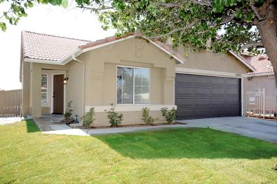 Victorville Single Family Home For Sale: 13423 Monterey Way