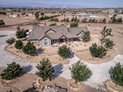 Oak Hills CA Single Family Home For Sale: $495,000