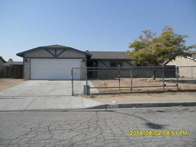 Adelanto Single Family Home For Sale: 10439 Buckboard Circle