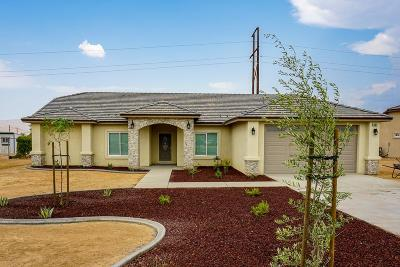 Apple Valley Single Family Home For Sale: 11009 Mohawk Road
