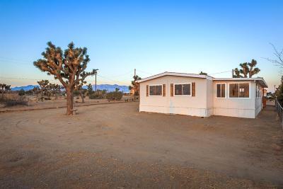 Oak Hills CA Single Family Home For Sale: $229,900