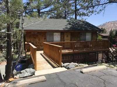 Wrightwood Single Family Home For Sale: 2280 Lausanne Drive