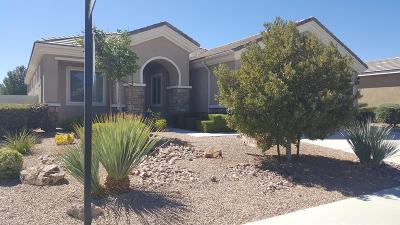 Apple Valley Single Family Home For Sale: 19479 Royal Oaks Road