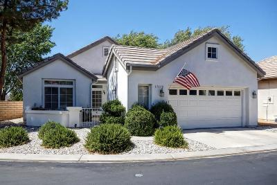 Apple Valley Single Family Home For Sale: 11170 Country Club Drive