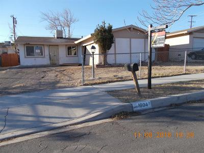 Barstow Single Family Home For Sale: 1604 De Anza Street