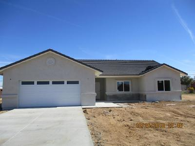 Apple Valley Single Family Home For Sale: 10765 Cochiti Road