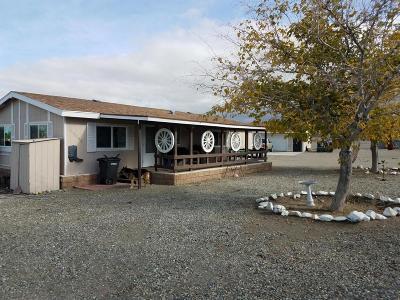 Pinon Hills Single Family Home For Sale: 12083 Minero Road