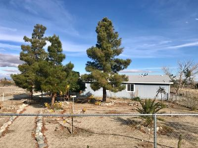 Pinon Hills Single Family Home For Sale: 572 Madera Road