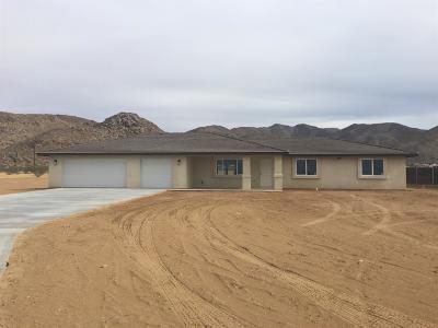 Apple Valley Single Family Home For Sale: 15470 Desert Star Road