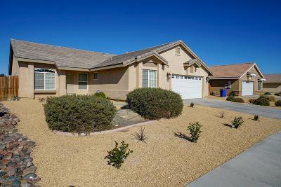 Victorville Single Family Home For Sale: 15952 Elkins Street