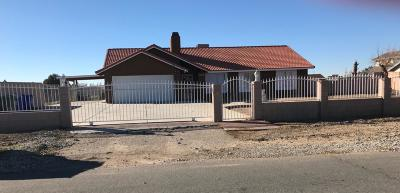 Apple Valley Single Family Home For Sale: 11974 Omak Road