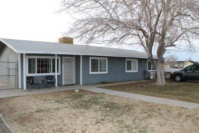 Apple Valley Single Family Home For Sale: 11064 Kiowa Road