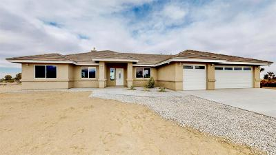 Pinon Hills Single Family Home For Sale: 2850 Caserta Court