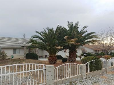 Apple Valley Single Family Home For Sale: 22749 Motnocab Road
