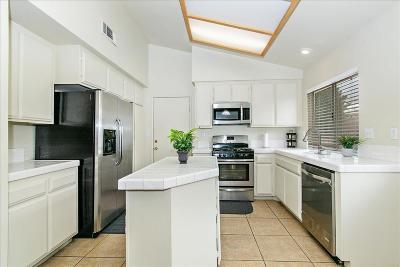 Victorville Single Family Home For Sale: 15656 Amber Pointe Drive