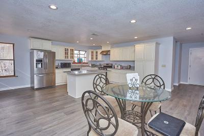 Victorville Single Family Home For Sale: 15207 Dakota Street