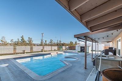 Apple Valley Single Family Home For Sale: 16179 E Quantico Road E
