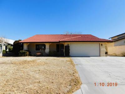 Helendale Single Family Home For Sale: 27609 Cloverleaf Drive