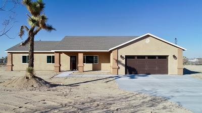 Pinon Hills Single Family Home For Sale: 176 Marcos Road