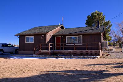 Pinon Hills Single Family Home For Sale: 2211 Fremontia Road
