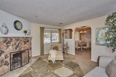Apple Valley Single Family Home For Sale: 18233 Cocopah Road