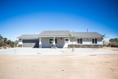 Apple Valley Single Family Home For Sale: 12560 Red Wing Road