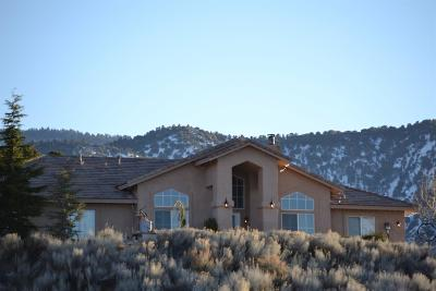 Pinon Hills Single Family Home For Sale: 2723 Valley Court