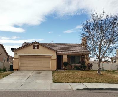 Adelanto Single Family Home For Sale: 11857 Desert Glen Street