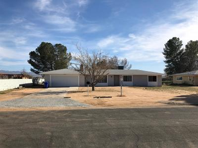 Apple Valley Single Family Home For Sale: 21855 Carlisle Road