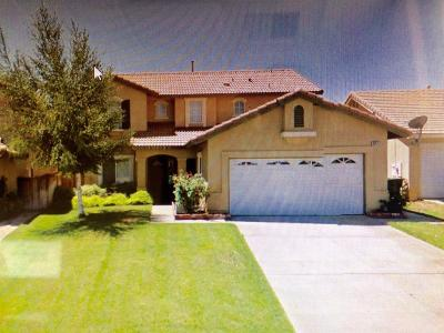 Victorville Single Family Home For Sale: 12271 Woodhollow Street
