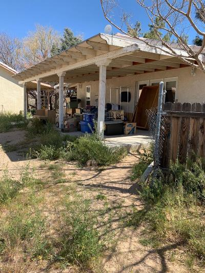 Apple Valley Single Family Home For Sale: 13980 Yuma Road