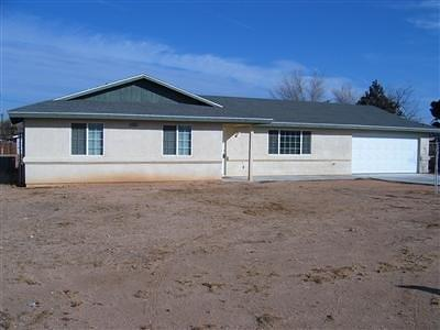 Apple Valley Single Family Home For Sale: 21818 Esaws Road