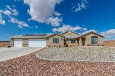 Apple Valley Single Family Home For Sale: 21190 Chianti Lane