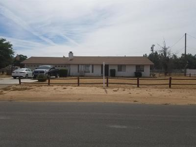 Apple Valley Single Family Home For Sale: 12399 Omak Road
