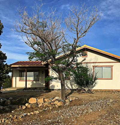 Pinon Hills Single Family Home For Sale: 9225 Ponderosa Road