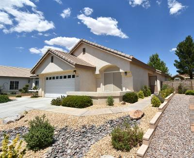Apple Valley Single Family Home For Sale: 11223 Country Club Drive