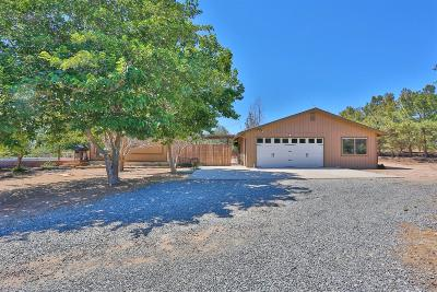 Oak Hills CA Single Family Home For Sale: $274,900