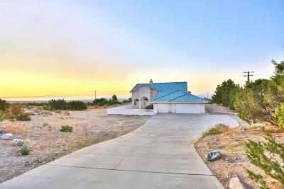 Pinon Hills Single Family Home For Sale: 1426 Tamarack Road