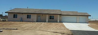 Hesperia Single Family Home For Sale: 10386 Cypress Avenue