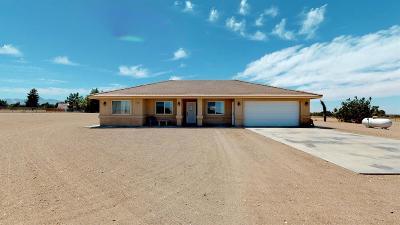 Oak Hills Single Family Home For Sale: 8968 Daisy Road