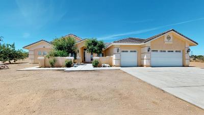 Oak Hills Single Family Home For Sale: 10879 Cedar Street