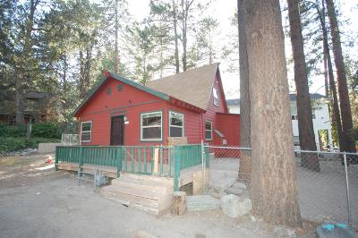 Wrightwood Single Family Home For Sale: 5874 Pine Street