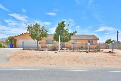 Apple Valley Single Family Home For Sale: 16817 Navajo Road