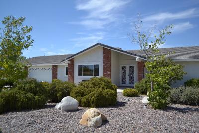 Apple Valley Single Family Home For Sale: 19392 Carlisle Road
